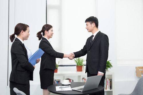 上海一般纳税人公司转让需要注意的问题有哪些?_财务代理_上海拓迈财务
